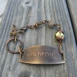 Riimuisia amuletteja