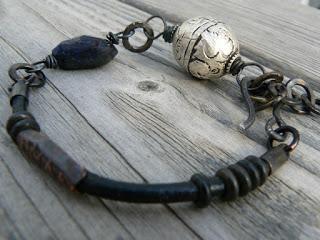Riimurannekoruja – Runic Bracelets