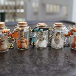 Riimupulloja – Rune Bottles
