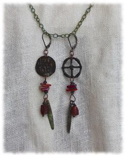 Korviksia ja viikinkikirja – Earrings