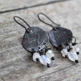 Kalliomaalauskorvakoruja – Rock art earrings