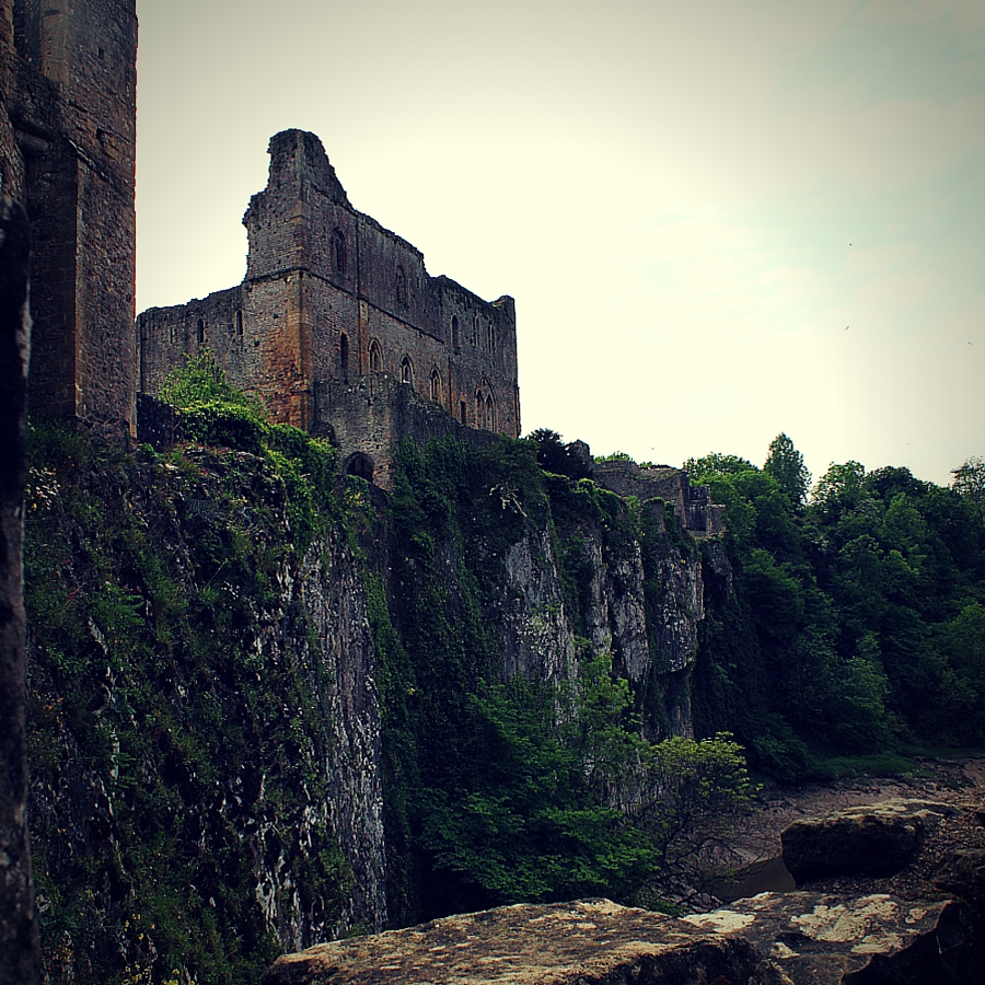 chepstow_castle_old_out_epicc