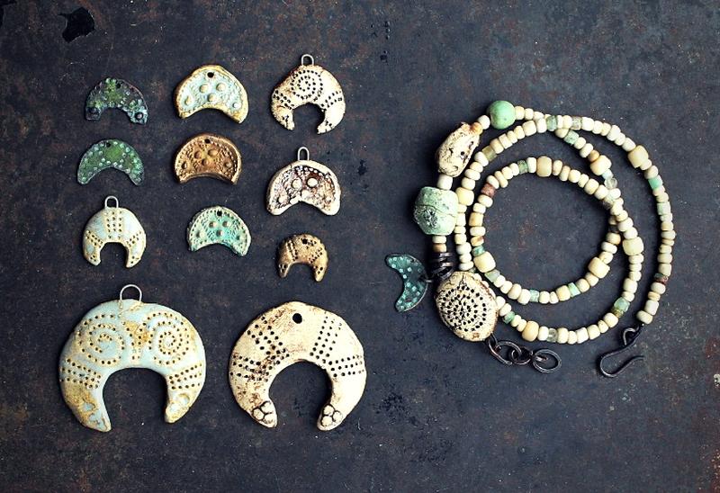 moon_pendants_bracelet_epicc