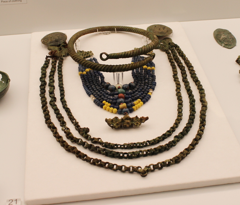 Viking Age jewellery set
