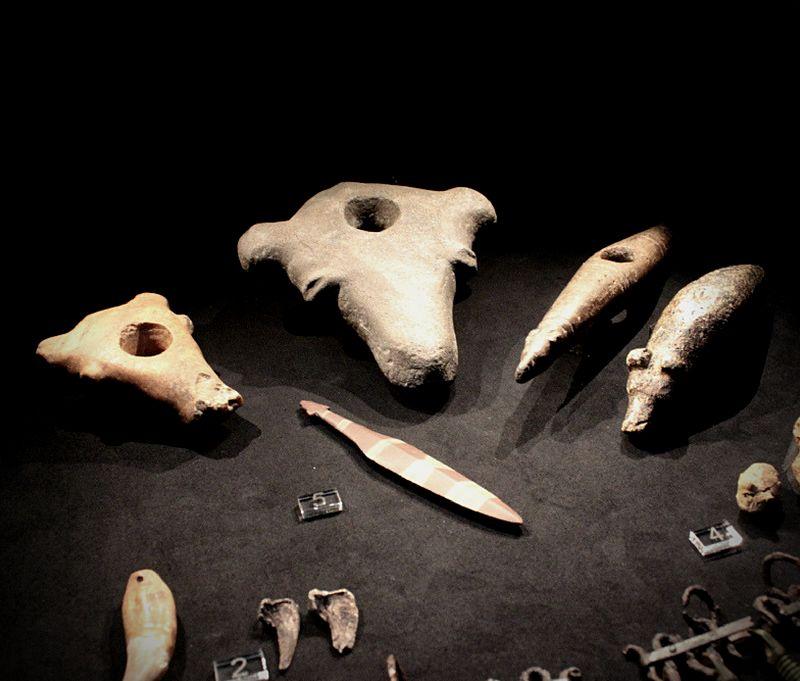 [:fi]Karhuesineitä[:en]Bear objects[:]